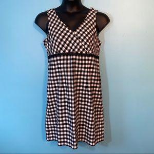 🛍3/$25 Faded glory black & white dress